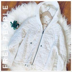 FREE PEOPLE quilted Hoodie Jacket w/cute back zip